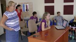 Prezentacny.seminar.s.pani.Andreou.Bugosovou.jpg - Letný žurnalistický seminár 2011